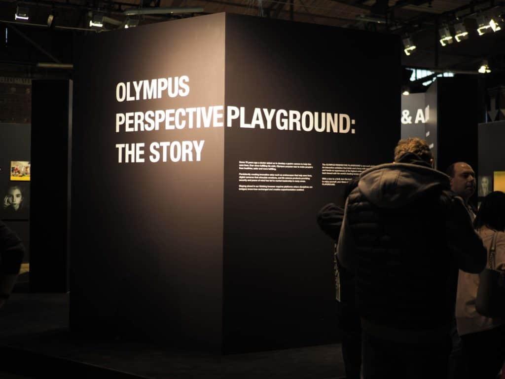 Wystawa na Olympus perspective plauground